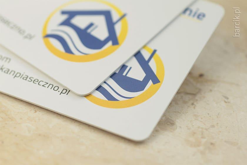 Karty plastik, białe PCV 0,7 mm, druk dwustronny 85 x 55 mm, zaokrąglone narożniki | barcik.pl