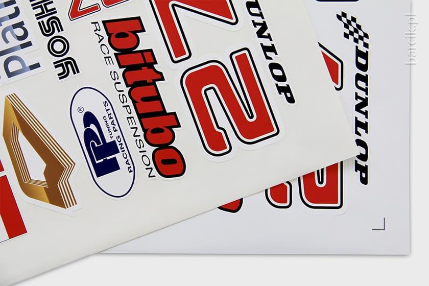 Etykiety samoprzylepne cięte po obrysie, druk cyfrowy, plotowanie