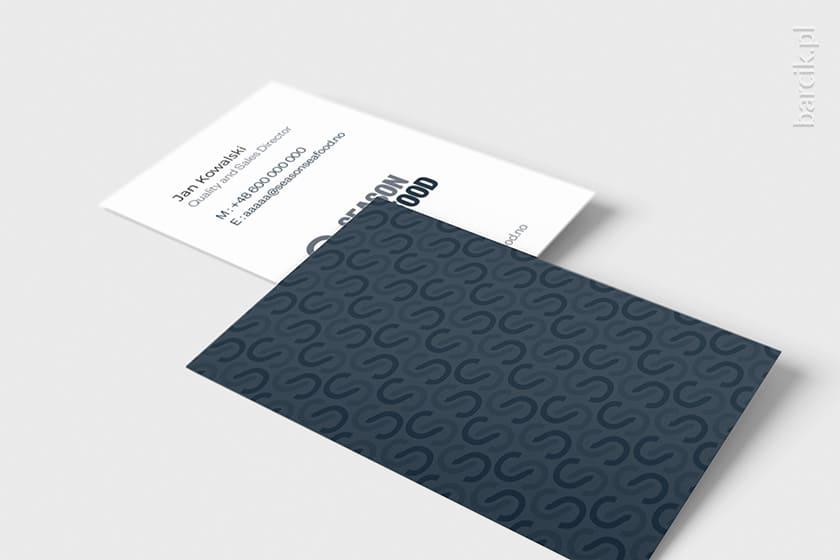Ciekawa wizytówka dwustronna z designerskim deseniem na rewersie