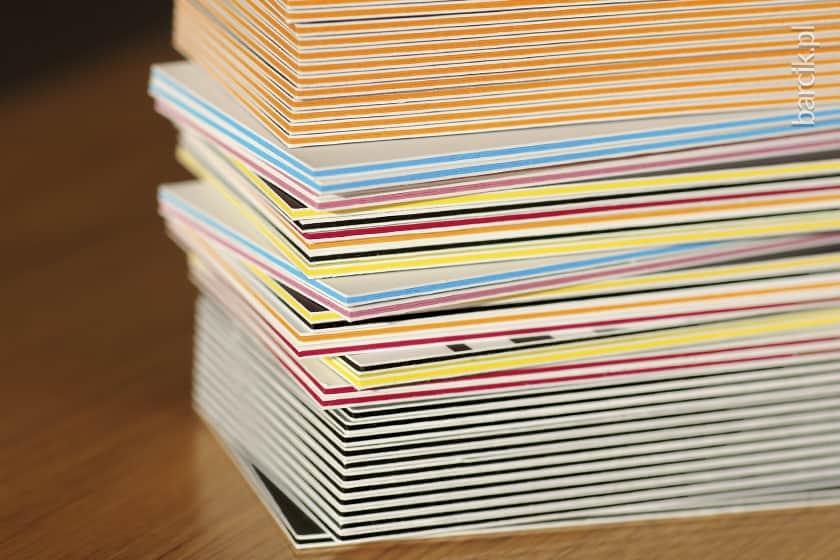 Wizytówki multiloft to nowość w druku cyfrowym, sklejka 4 warstwowa daje wizytówkę wielokrotnie grubszą od tradycyjnej! Gramatura gotowej wizytówki multiloft wynosi 1250 g